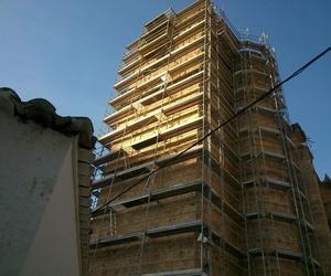 Andamios, torres móviles y escaleras de andamios