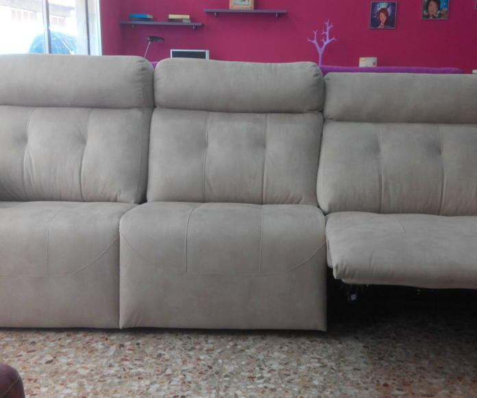 sofa/cherloon con motor: Productos  de Muebles Llueca, S. L.