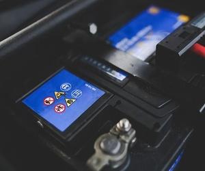 Para alargar la vida útil de la batería de tu coche, sigue estas recomendaciones