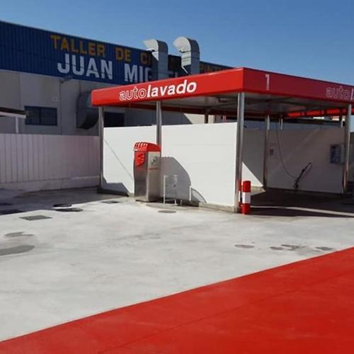 Empresa de venta de maquinaría de lavado para coches en Murcia