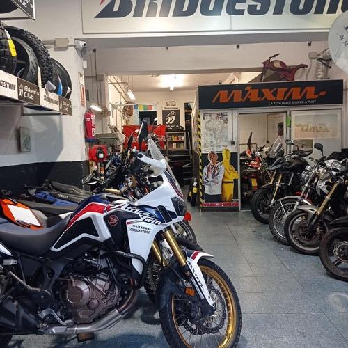 Comprar neumáticos moto Les Corts Barcelona