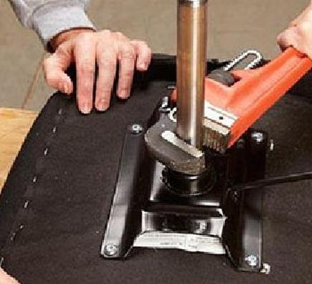 como cambiar pistón de gas de silla giratoria