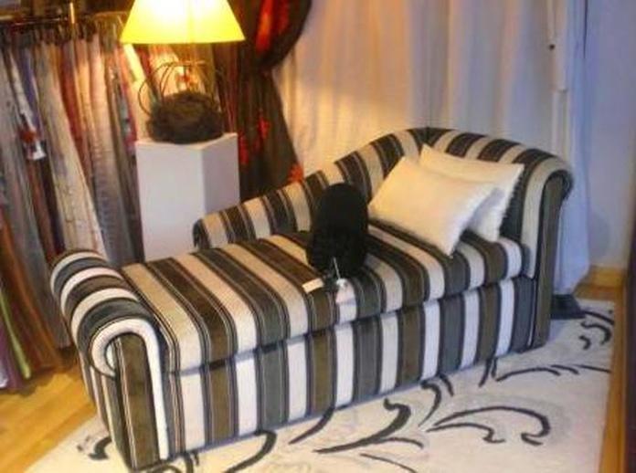 Tapizado de sofá a rayas