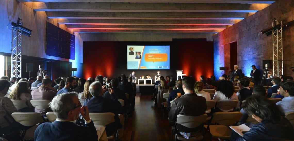 Intérprete de conferencias en Tenerife