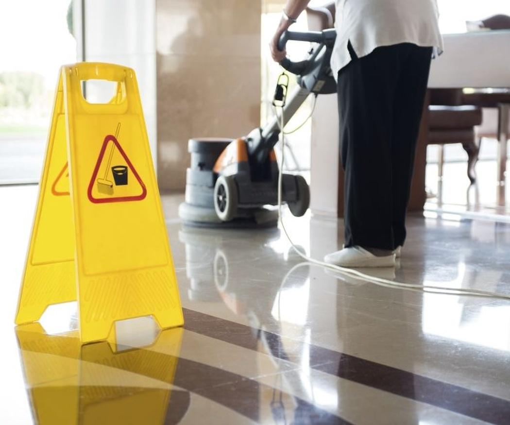 Cómo mantener limpio un suelo de mármol