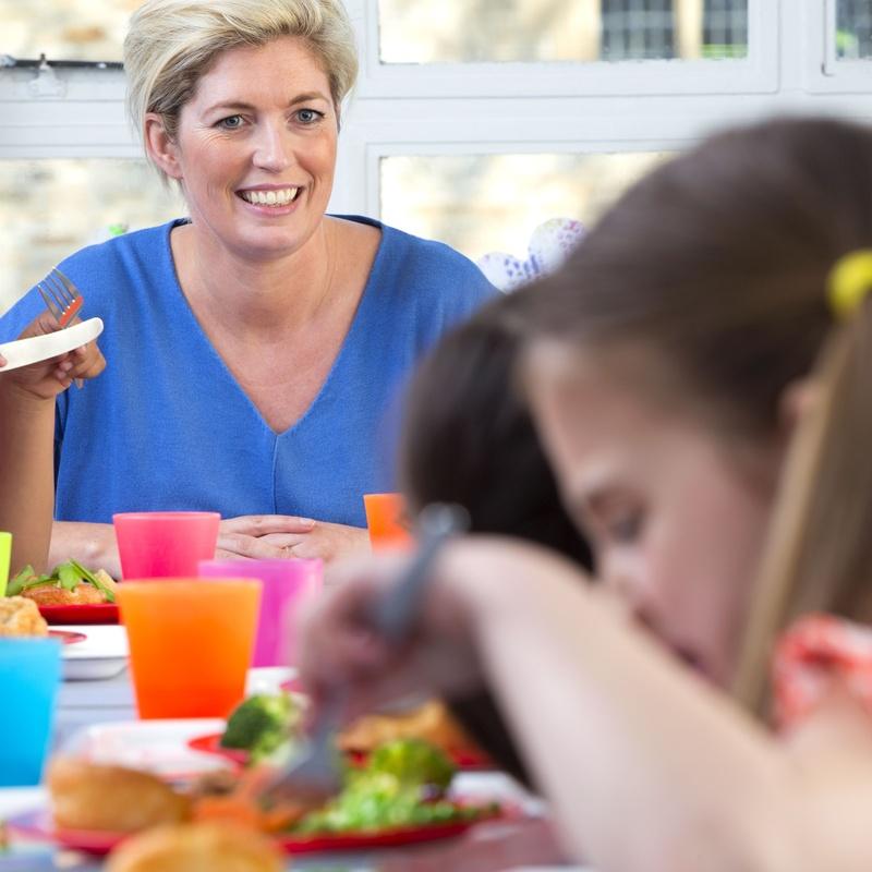 Servicio de comedor con catering: Servicios de Centro Wininos