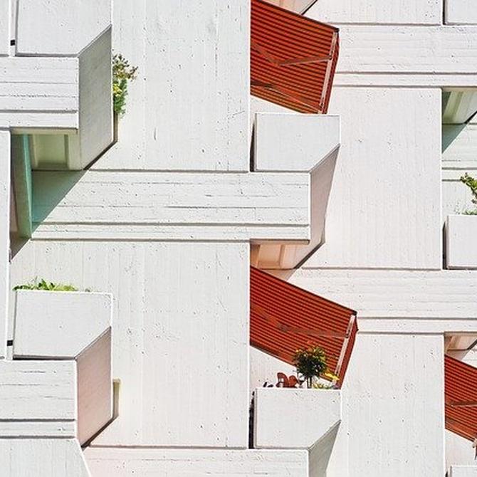 Cómo proteger balcones y galerías de los rayos solares