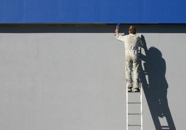 Pintura de fachadas y patios