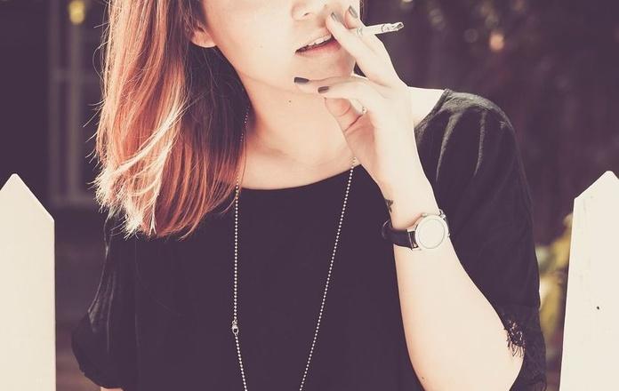 Demuestran que fumar acelera el proceso de envejecimiento de la piel