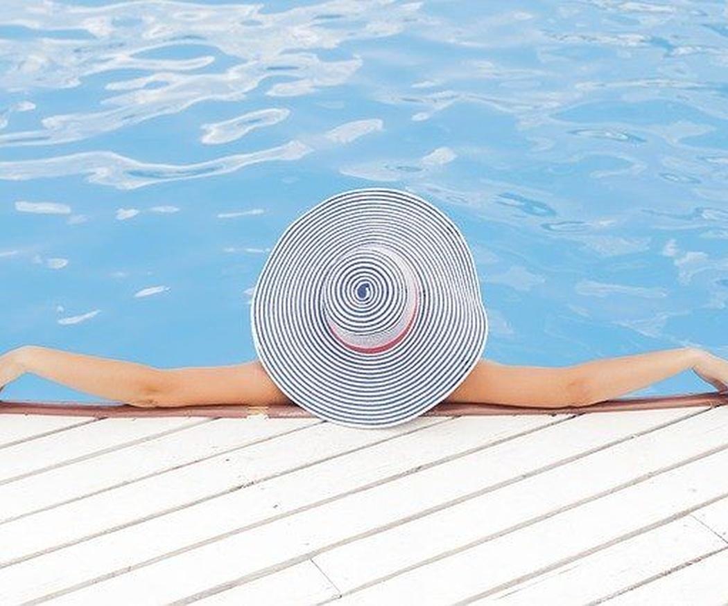 Mantenimiento de piscinas: el robot limpiafondos