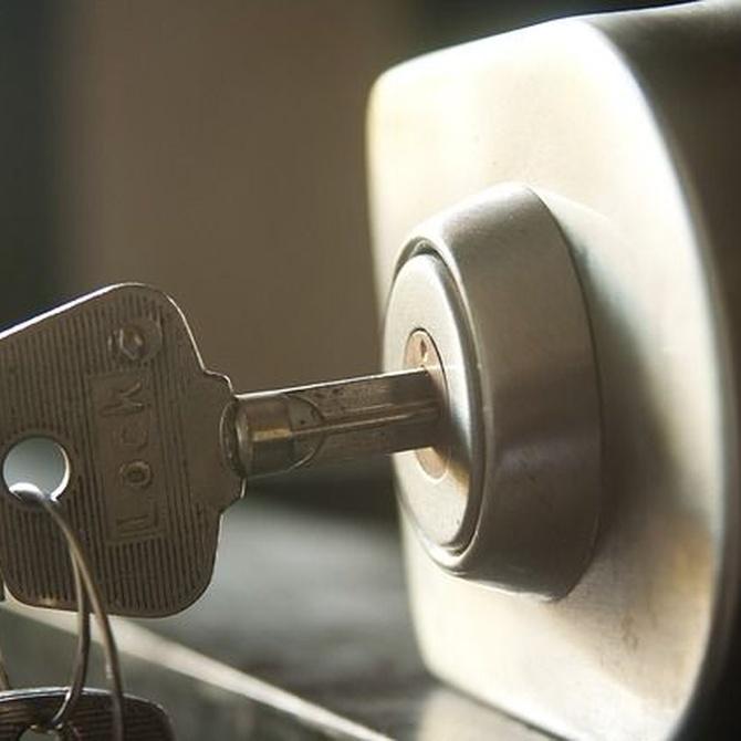 Diferencias entre una puerta acorazada y una blindada