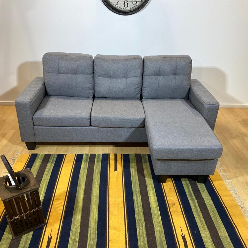 Sofá chaise longue gris. 200 € más 30 de gastos de envío.: Productos de Remar Valencia