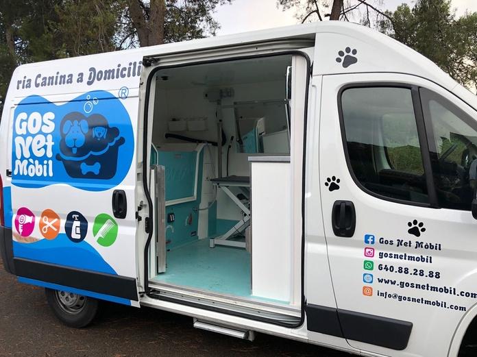 Nuevo vehículo peluquería canina mobil