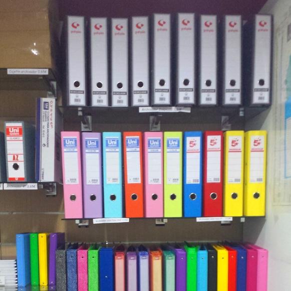Material de oficina : Productos y Servicios de Francis Suministros de Oficina y Papelería