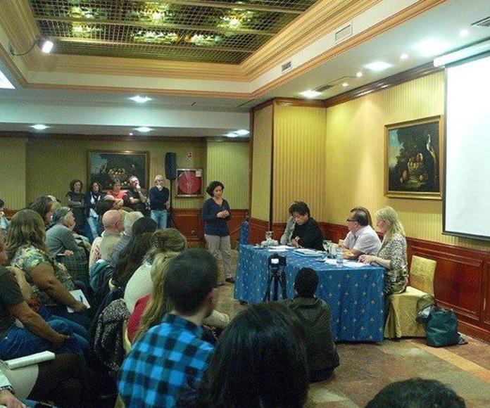 Conferencia con el Dr. Yuen