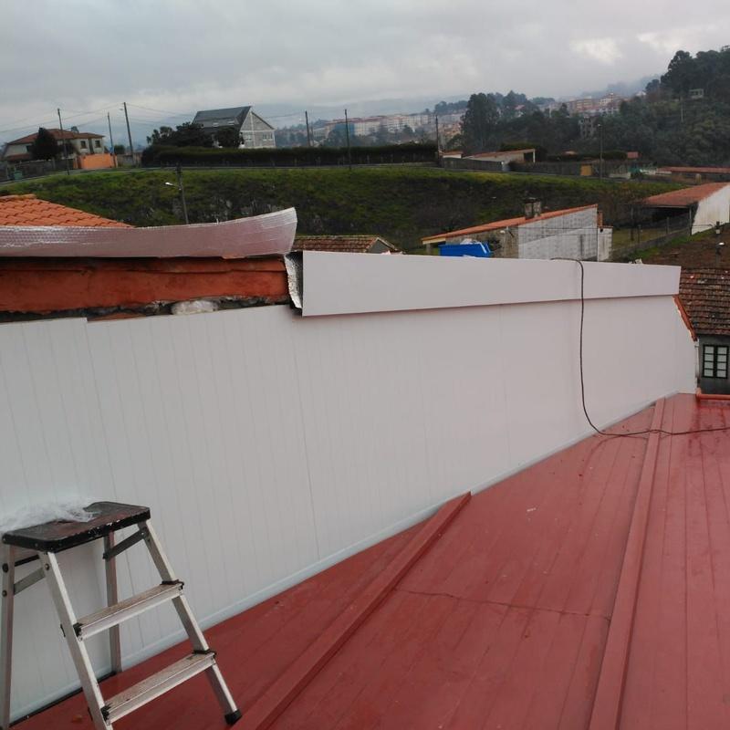 Revestimiento y aislamiento fachada con panel sandwich: Nuestros Servicios de Sergama Reparaciones de Altura