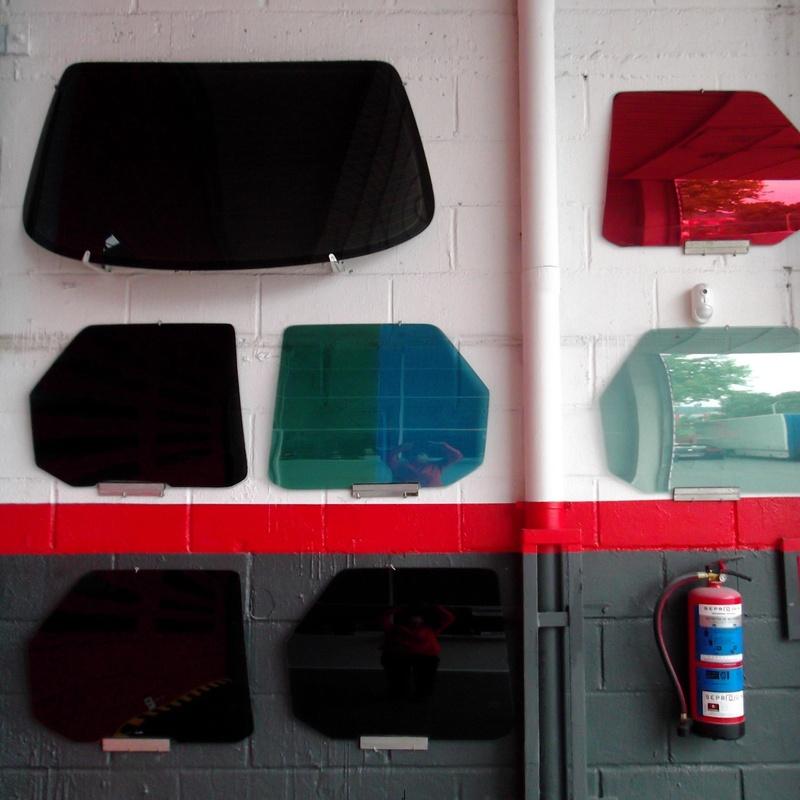 Tintado de lunas homologada. Seguridad y protección frente al sol. : Productos y servicios de Autolunas Basauri