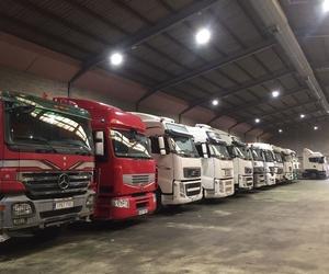 Galería de Compra venta de vehículos industriales en  | Emirtrucks Trading