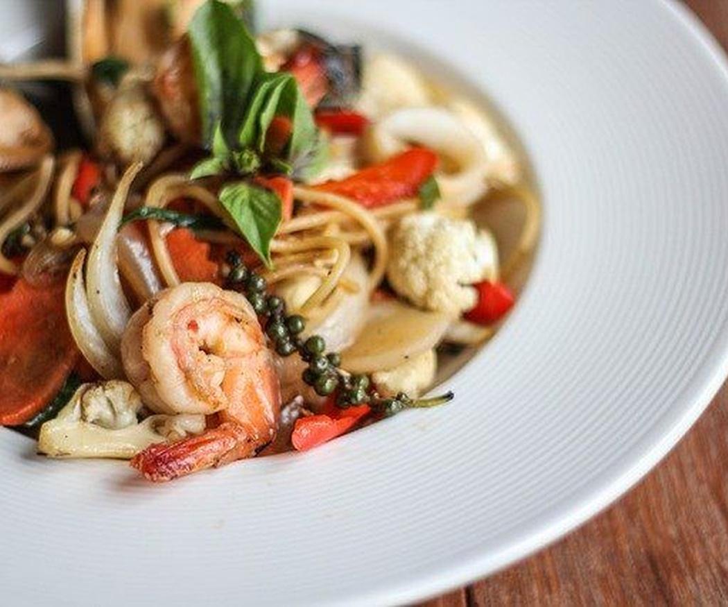 Algunas recetas fáciles con espaguetis y pescado y marisco