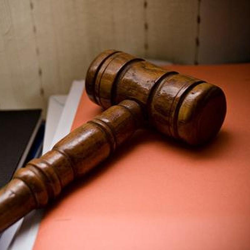 Jurídica: Servicios de Gesnova Asesores, S.L.