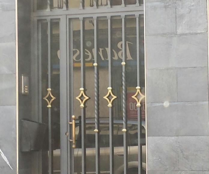 Fabricación de puertas: Servicios del Taller de Talleres Franco Cobos
