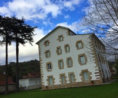 Mantenimiento de fachada casa en La Serna de Iguña.