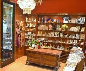 Especialistas en artículos tradicionales sobre La Virgen del Pilar en Zaragoza