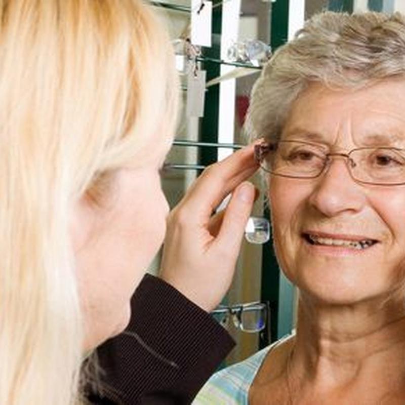 Ópticos optometristas: Servicios de Centro Óptico Laguna