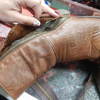 Reparación general de calzado y colocación de complementos