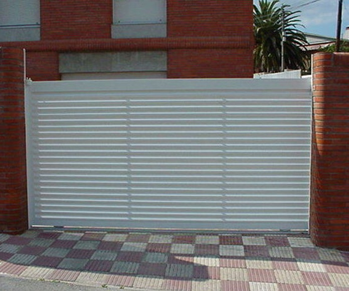 A98 puerta corredera de aluminio lama vierte aguas horizontal