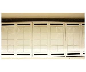 Suministros y montajes de puertas seccionales a particulares