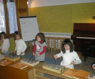 Treball d'iniciació musical amb el mètode d'Edgar Willems