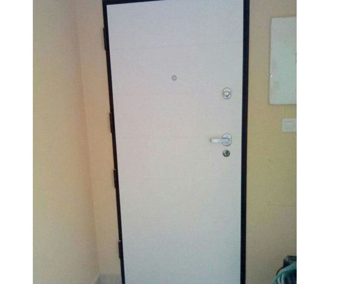 Puerta lacada en blanco mate