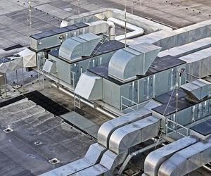 Cumplir la normativa de decibelios en el aire acondicionado