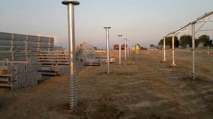 Hincado de postes: Servicios de Sealic