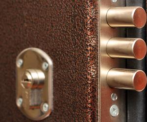 Cerrajeros de puertas blindadas en Siero