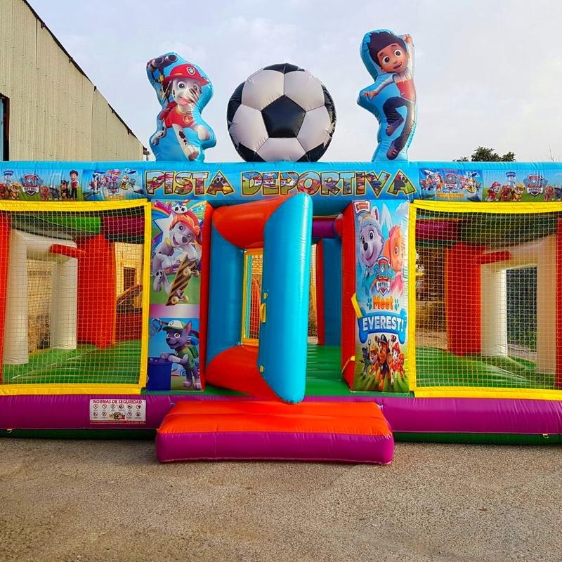 Fachada campo de futbol