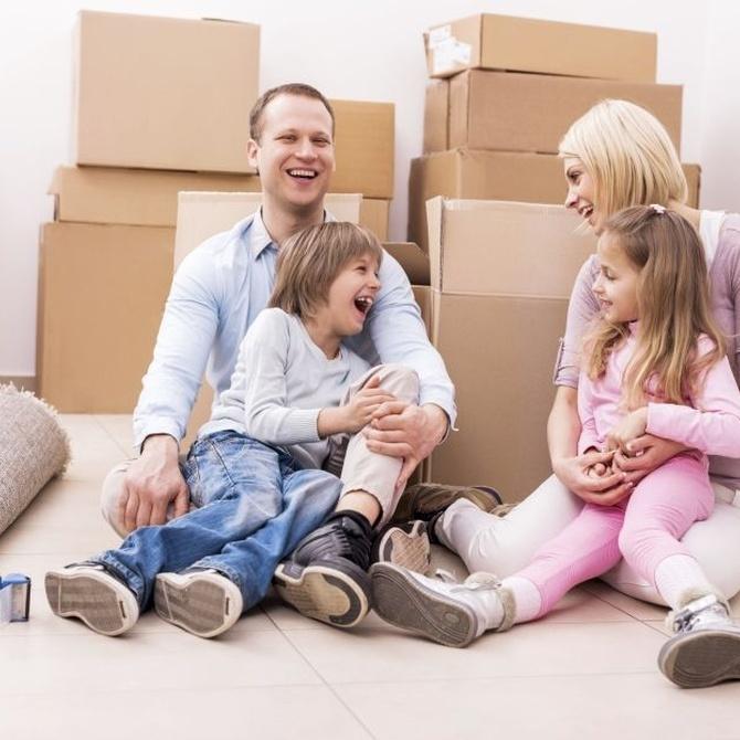 Minimiza el estrés de tu familia en una mudanza