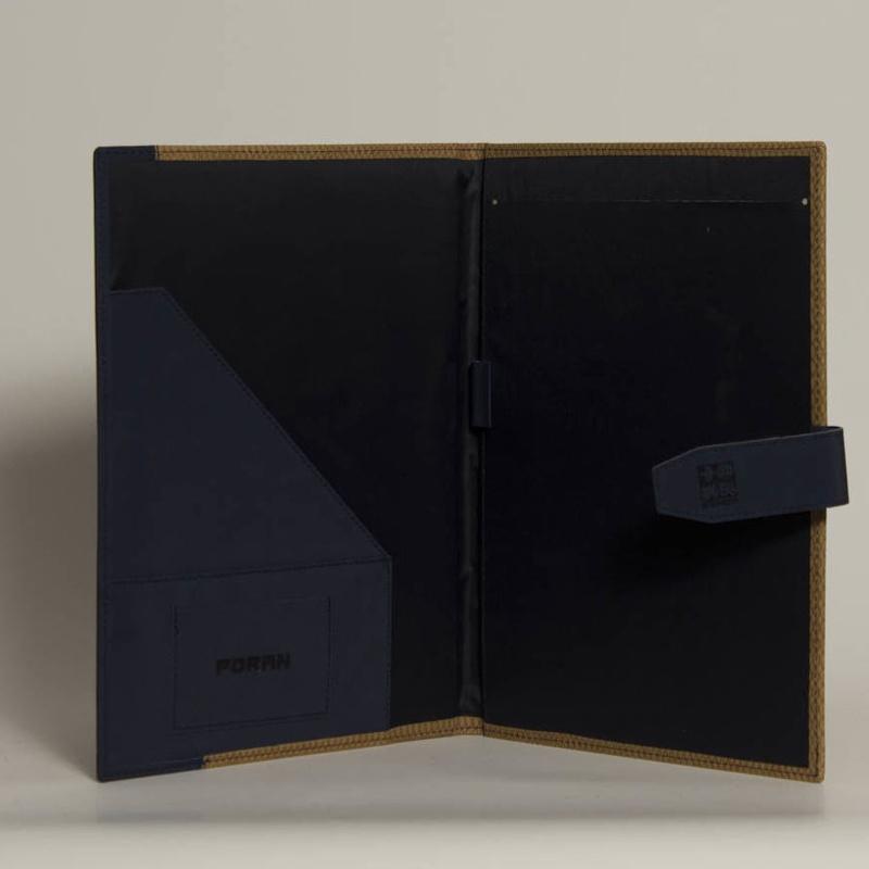 Portafolios PF-01604: Catálogo de M.G. Piel