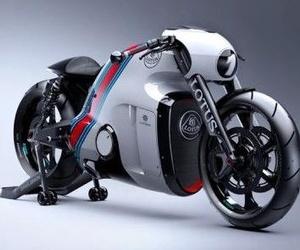 Lotus C-01, la primera motocicleta de producción de la marca