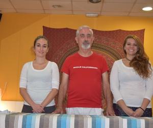 Equipo de la Escuela de Masaje Californiano Kaizen en Madrid