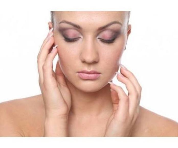 Maquillaje: Servicios de Peluquería Ricci's