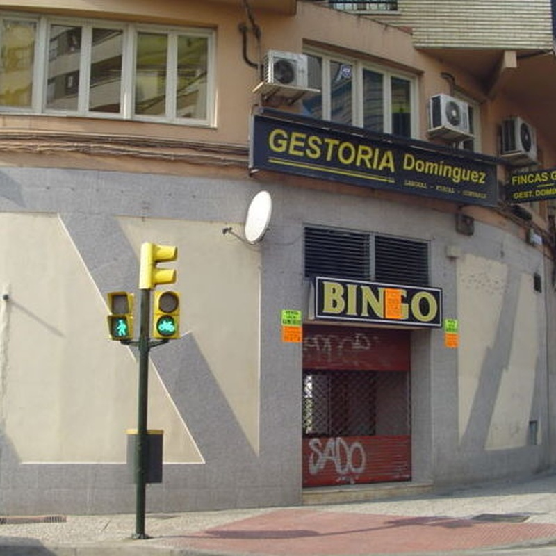 Avenida Tenor Fleta - Sector Centro, local esquinero