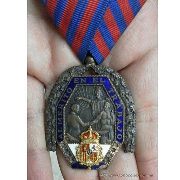 Medalla del trabajo. Época Alfonso XIII: Catálogo de Antiga Compra-Venta