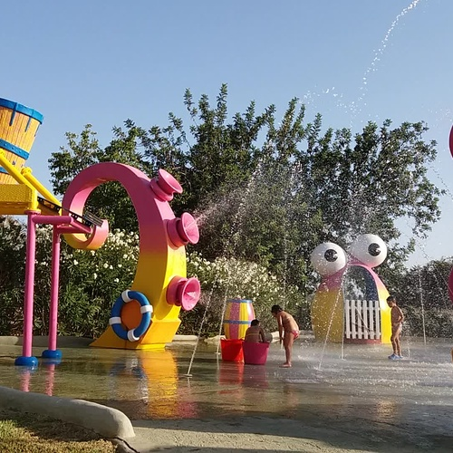 "Zona acuática ""Piruleto Splash"""