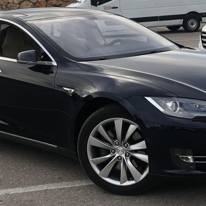 Vehículos eléctricos TESLA: Alquiler de Vehículos de Rent A Car Ducal
