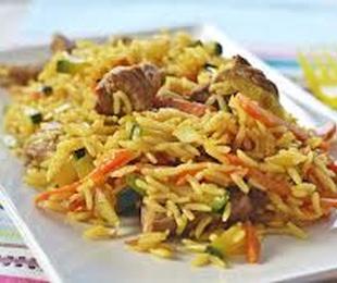Arroz con ternera y salsa curry