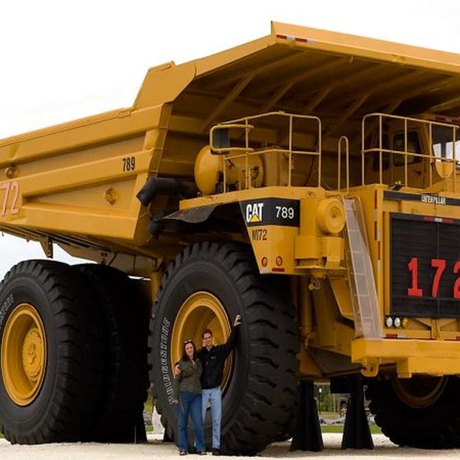 Los camiones más grandes del mundo para el transporte de tierras