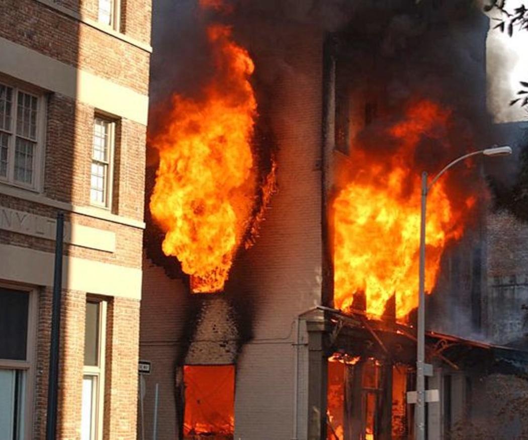 ¿Cómo se puede propagar el fuego?