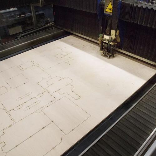 Máquina láser de grabado de papel